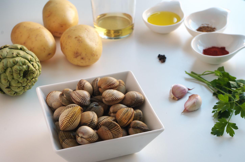 Ingredientes para Patatas con Berberechos